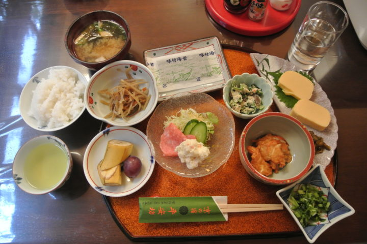Japan 2016: Ryokan Heianbo and Traditional Japanese Breakfasts